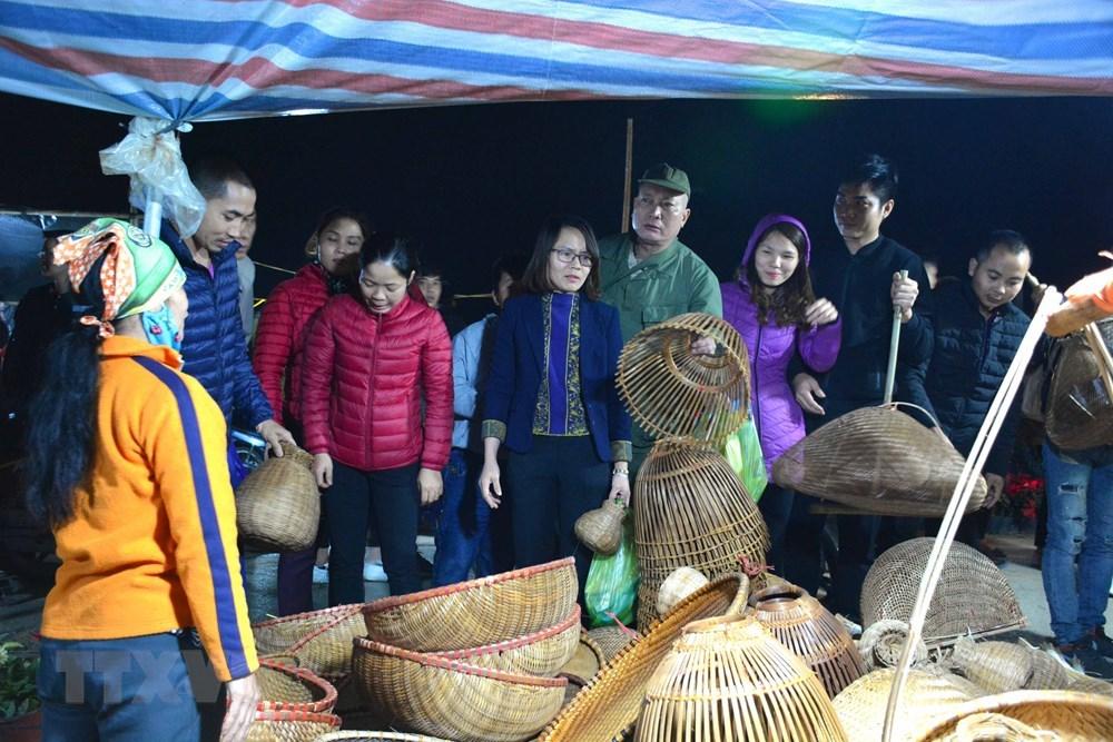 Chợ Viềng: News VietNamNet