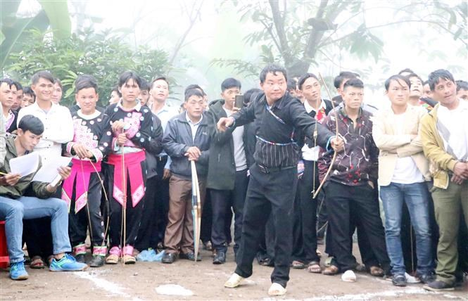 Mong festival in Lai Chau attracts thousands of visitors hinh anh 10