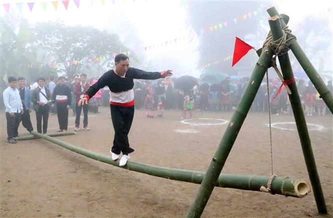 Mong festival in Lai Chau attracts thousands of visitors hinh anh 2