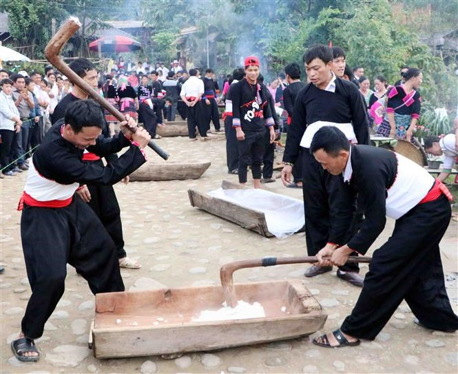 Mong festival in Lai Chau attracts thousands of visitors hinh anh 5