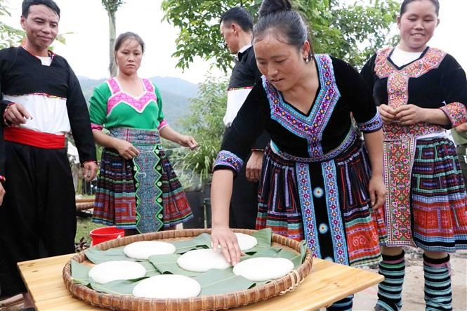 Mong festival in Lai Chau attracts thousands of visitors hinh anh 9