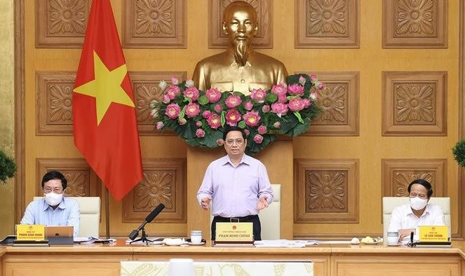 PM asks for efforts to complete 95 percent of public investment disbursement plan in 2021 hinh anh 1