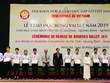 Vallet scholarships presented to students in central provinces