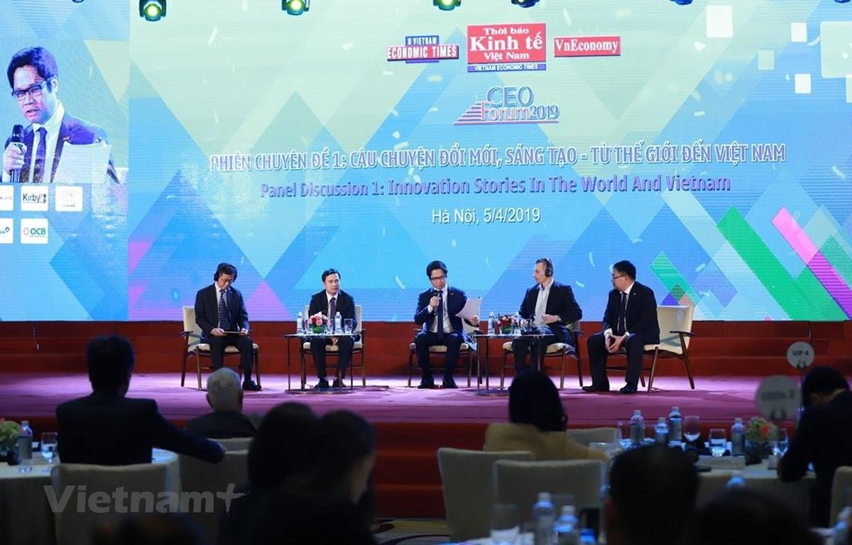 Speakers at the CEO Forum 2019 (Photo: Organising board/VietnamPlus)