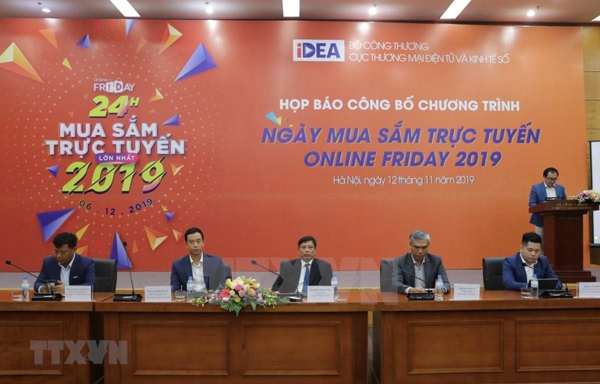 Online Friday 2019 is announced to be held in December at a Hanoi press conference. (Photo: VNA)
