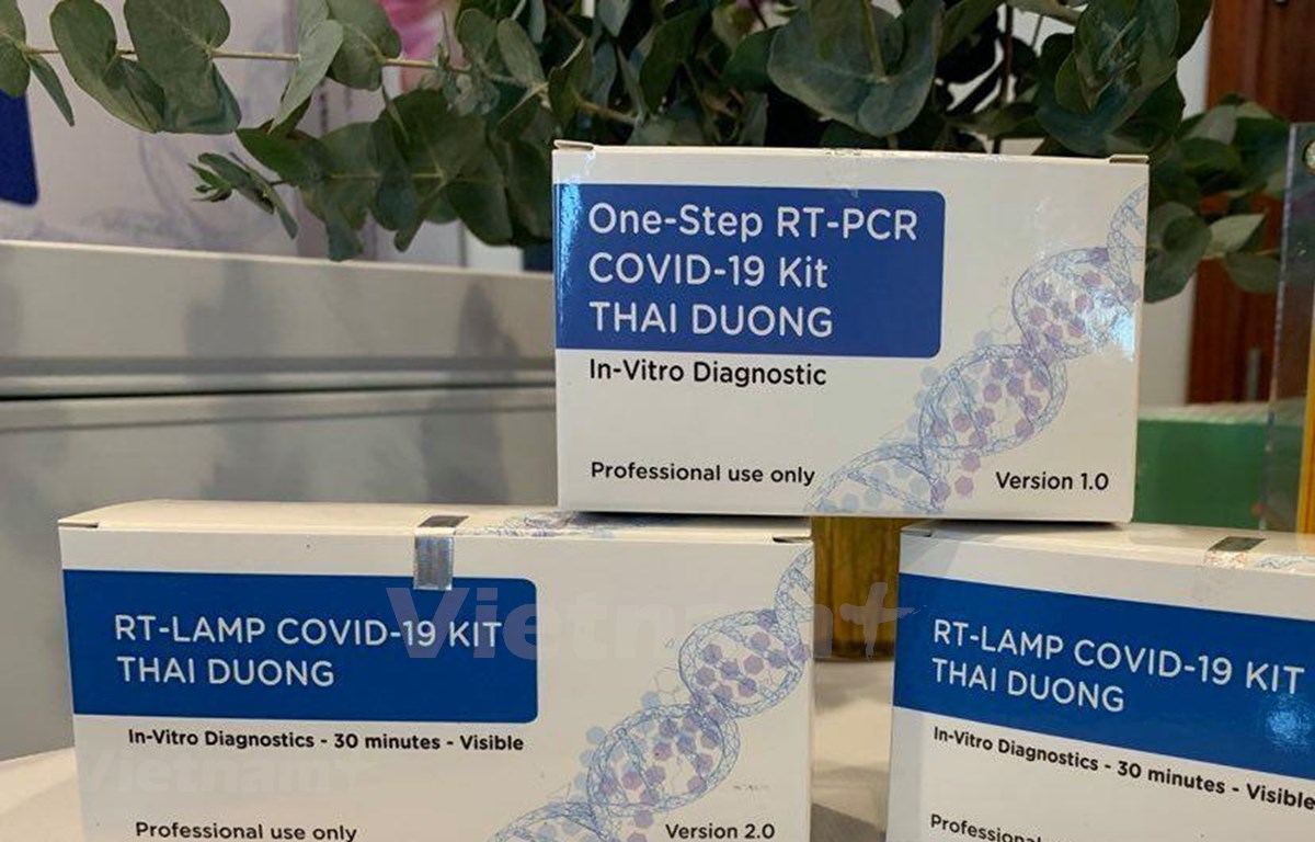 Two more SARS-CoV-2 test kits produced by Vietnam, One-step RT-PCR COVID-19 Kit Thai Duong and RT-Lamp COVID-19 Kit Thai Duong, are approved by the European Union. (Photo: VietnamPlus)