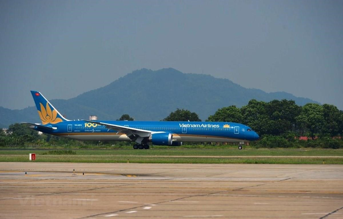 The Boeing 787-10 that is the 100th aircraft of Vietnam Airlines (Photo: VietnamPlus)