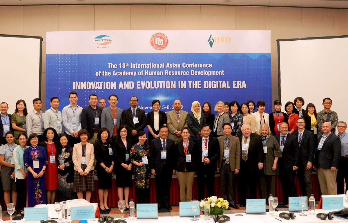The conference attracts the participation of delegates from 17 countries (Photo: VietnamPlus)
