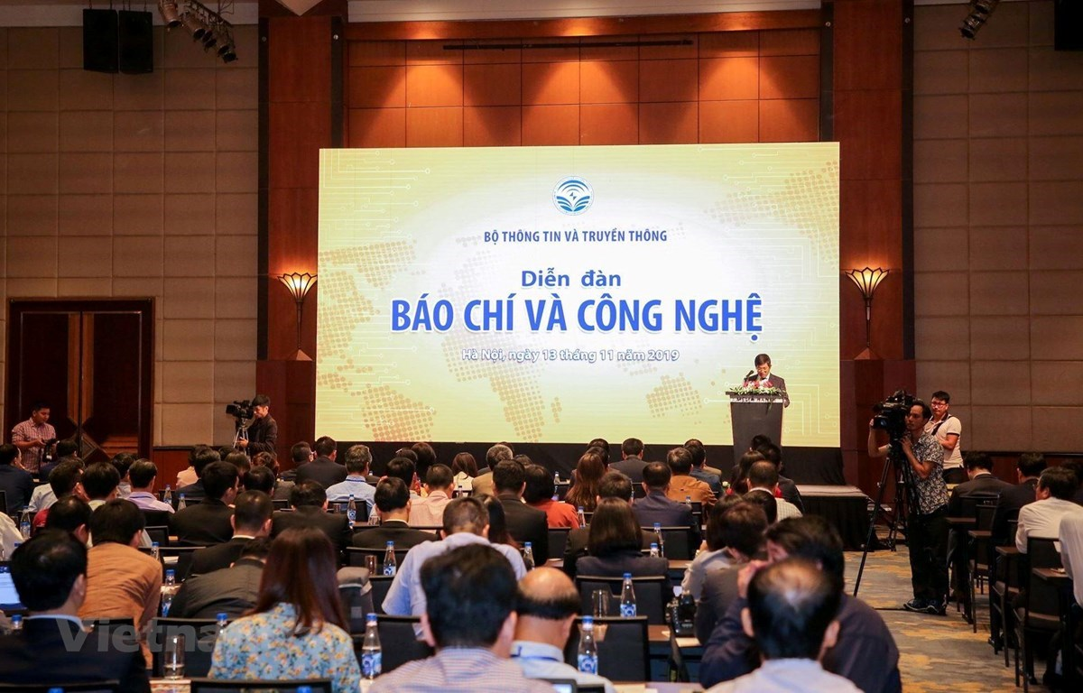 The forum attracts the participation of about 200 delegates (Photo: VietnamPlus)