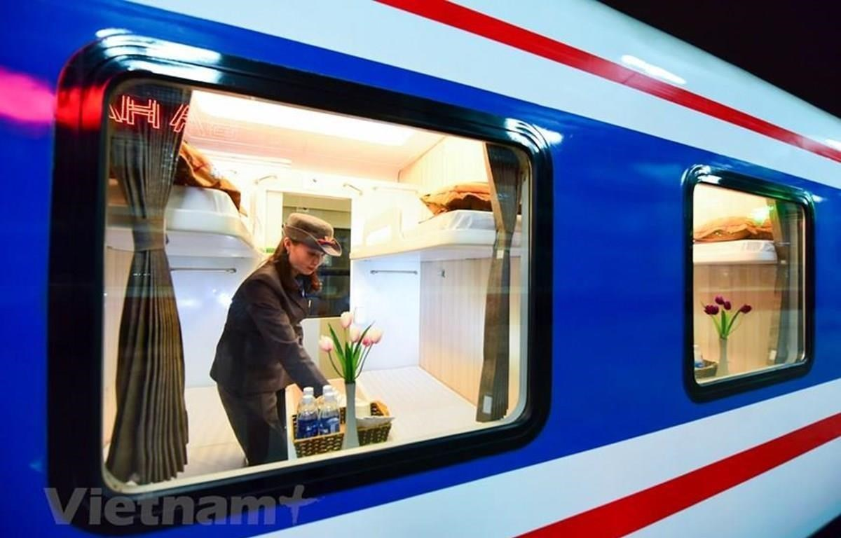 The five-star train of the Vietnam Railway Corporation has received high evaluation of passengers (Photo: VietnamPlus)