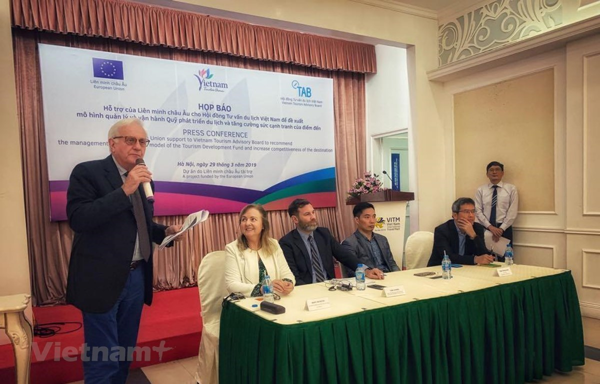 The press conference in Hanoi to introduce the EU's support for Vietnam in tourism (Photo: VietnamPlus)