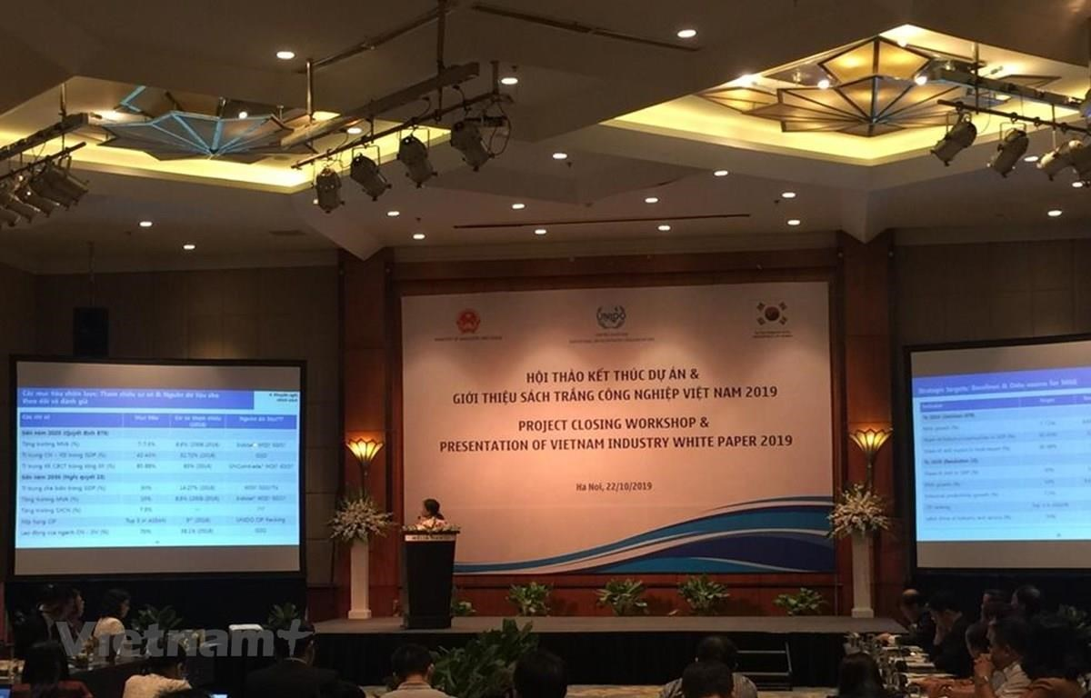 The Ministry of Industry and Trade releases the Vietnam Industry White Paper 2019 on October 22 (Photo: VietnamPlus)