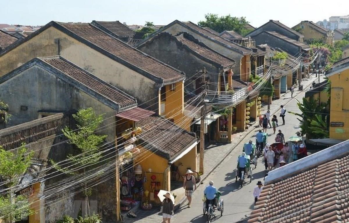 Space and time contained in Hoi An ancient wooden houses. (Photo: VNA)