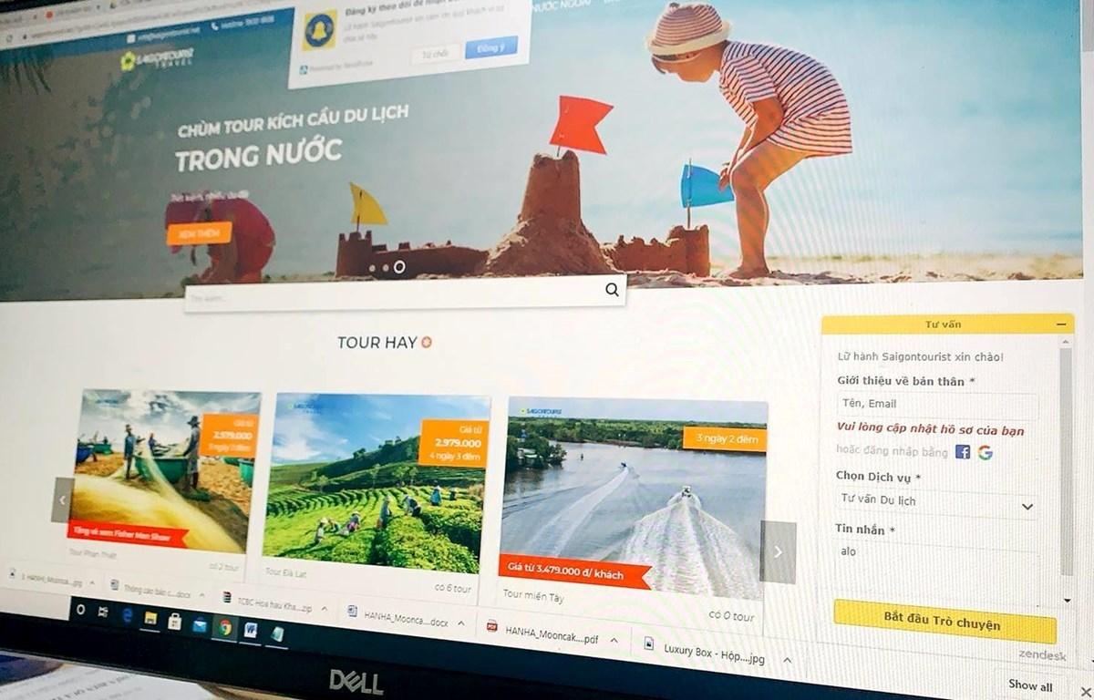 Saigontourist Group has applied chatbot on its website (Photo: VietnamPlus)