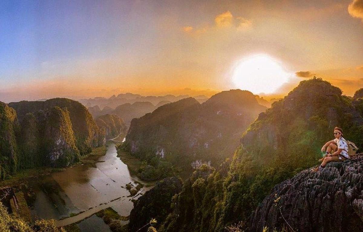 Sunrise on Hang Mua in Ninh Binh province (Photo: VietnamPlus)