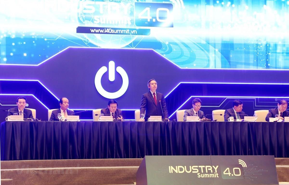At the Industry 4.0 Summit in Hanoi on October 3 (Photo: VietnamPlus).