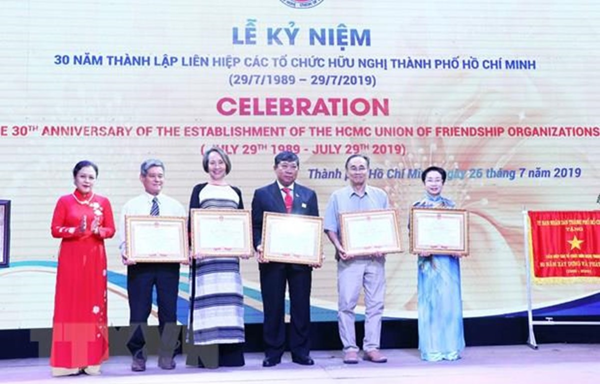 HCM City Union of Friendship Organisations marks 30th anniversary
