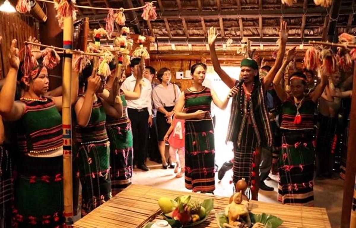 Civil engagement for ethnic minorities