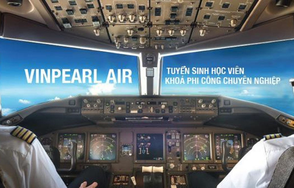 Newest airline recruites 400 student pilots