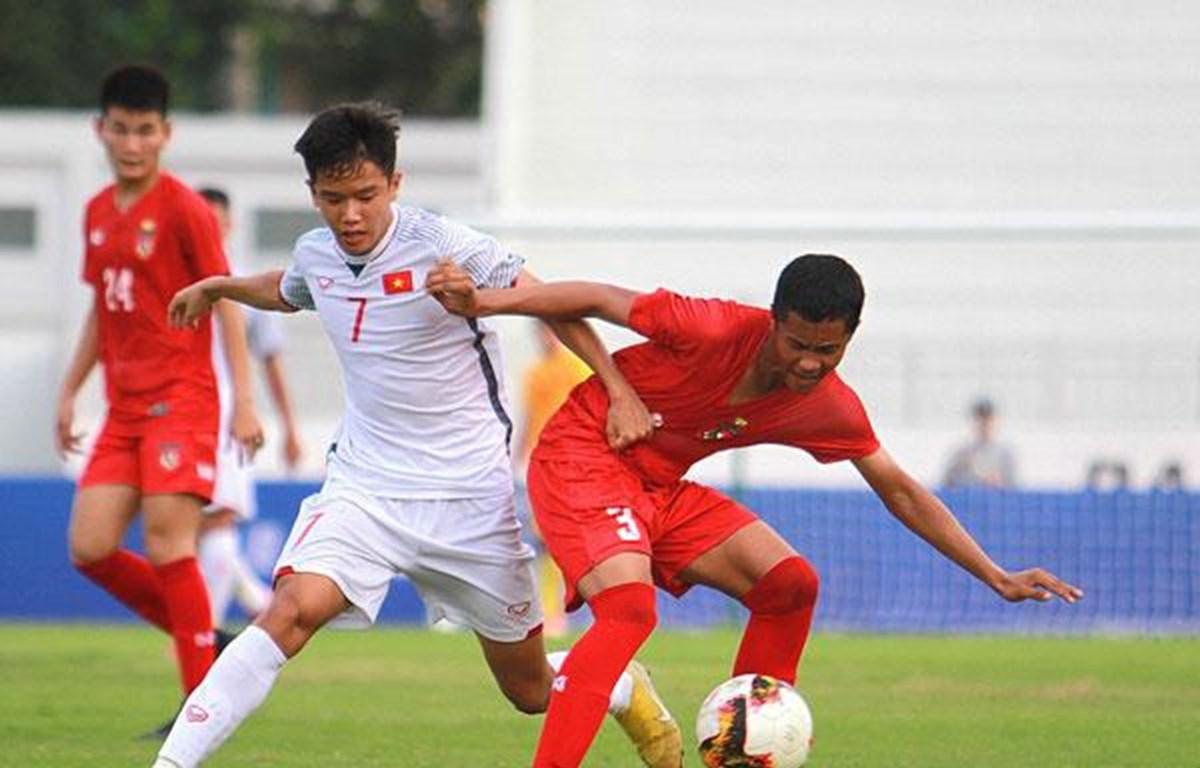 Vietnam beat Myanmar 2-1 in U15 int'l football tournament