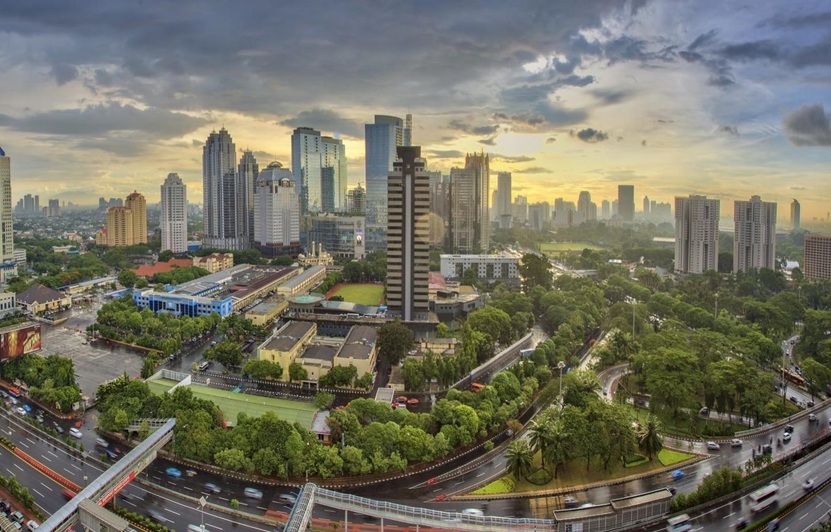 Indonesia pledges 40 billion USD to modernise Jakarta