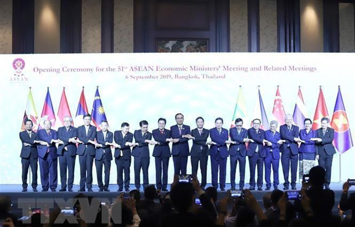 ASEAN economic ministers meet in Thailand