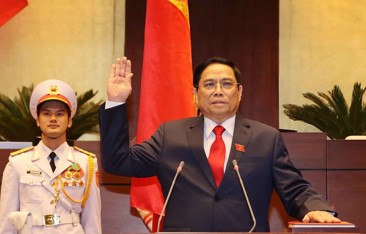 Prime Minister Pham Minh Chinh takes oath of office (Photo: VNA)