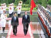 Vietnamese, UK PMs hold talks with focus on enhancing ties