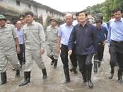 President visits flood region