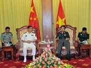 Defence minister meets Chinese army official