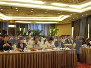Vietnam, China seek to push trade ties