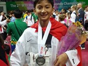 Vietnamese player wins silver at youth taekwondo champs