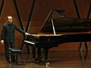 Pianist Dang Thai Son returns to Warsaw 35 years after award