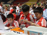 Robothon Day 2015 for primary school students in Hanoi