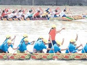 Khmer festival takes to the water