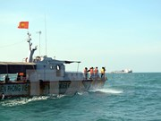 Marine search, rescue drill practiced off Kien Giang's seaport