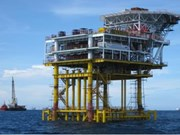 Vietsovpetro puts oil rig into operation offshore Ba Ria-Vung Tau