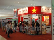 Vietnam attends Cambodian import-export exhibition