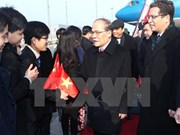 Top legislator meets with overseas Vietnamese in China