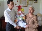 Tet gifts, charitable grants for needy people