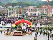 Tra hoa vang festival opens in Quang Ninh