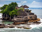 Indonesia targets 12 million foreign visitors in 2016