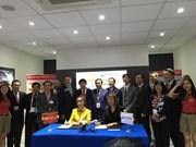 Vietjet closes 3-bln-USD engine deal at Singapore Airshow