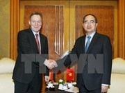 German party parliamentarians welcomed