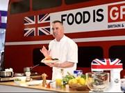 Michelin star chef Gary Rhodes cooks up in Vietnam