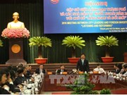 HCM City authorities talk with foreign investors