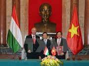 Vietnam, Hungary sign criminal legal assistance agreement