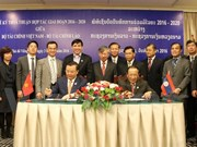 Vietnam, Laos enhance financial cooperation