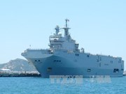 French naval ship berthed in Vietnam for friendship visit