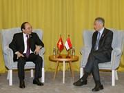 PM Nguyen Xuan Phuc meets ASEAN counterparts in Sochi